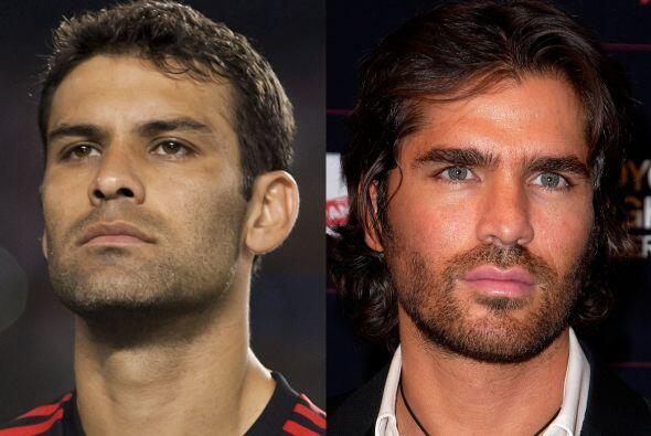 El porte de estos dos mexicanos es ya clásico, Rafael Márquez, defensa d...