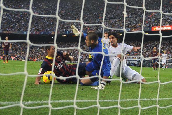 Entre sus bajas más importantes están Alexis, Cesc, Pinto, Victor Valdés...