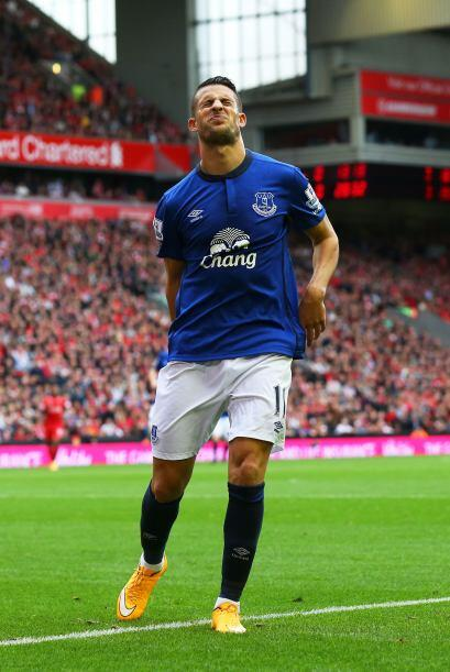 Parece que a Kevin Mirallas del Everton no le gustó mucho el festejo de...