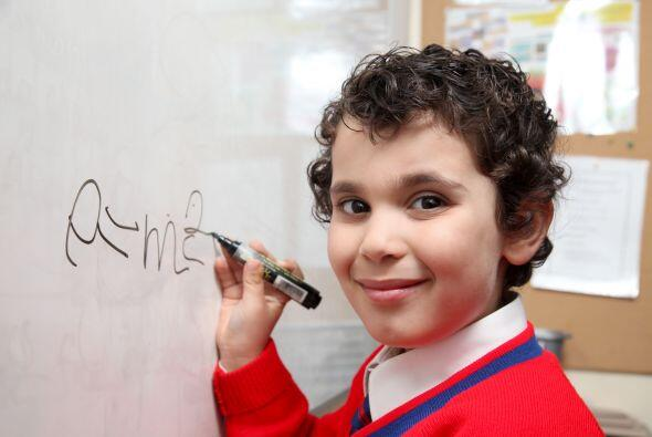 A los tres años de edad Sherwyn ya se había aprendido la Tabla Periódica...