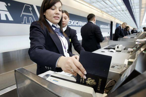 Si llega a quebrar Mexicana, los trabajadores estamos de acuerdo para de...