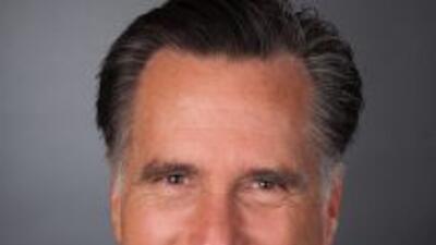 El gobernador Mitt Romney.