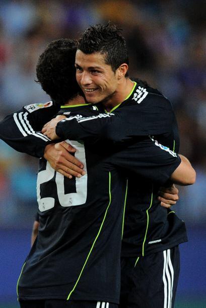 El portugués marcó el segundo y también hizo un doblete.