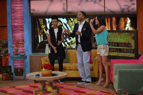 Karla aprovechó para pedirles que bailaran el tema de Despierta A...