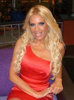 Lorena Herrera llega a Don Francisco Presenta en una noche muy especial.