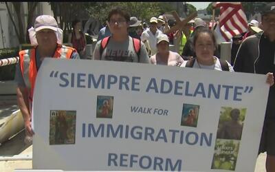 En la catedral Nuestra Señora de Los Ángeles finalizó la caminata por lo...