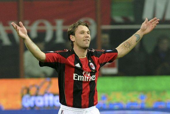 No tardó en ganarse a la afición 'rossonera'.