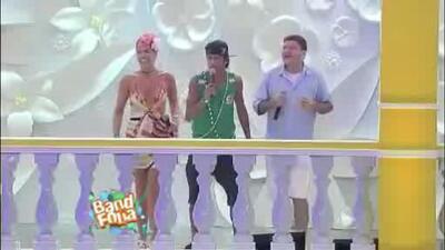 Boxeador escandaloso y Neymar cantante