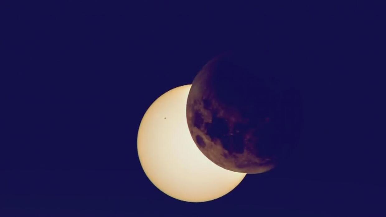 El eclipse total de sol podría ser el más observado y fotografiado de la...
