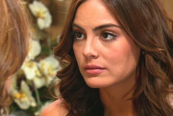 Marina le reveló a Rebeca que sentía algo muy grande por Damián.