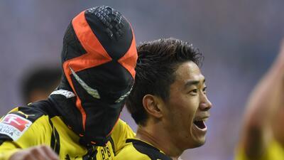 Aubameyang anotó el único gol del Dortmund en el derbi con Schalke 04.