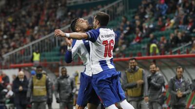 En fotos: El dueto mexicano Herrera-Corona clave en el triunfo del Porto sobre Lokomotiv