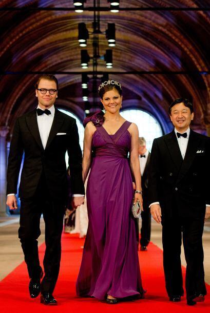 Asimismo, la Princesa Victoria y el Príncipe Daniel, de Suecia.