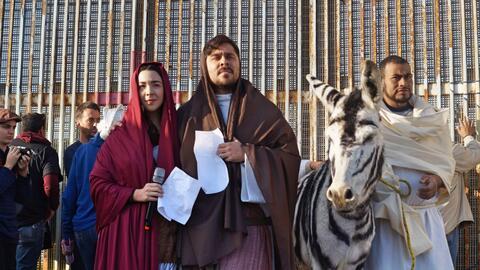 María, José y el 'burrocebra'.