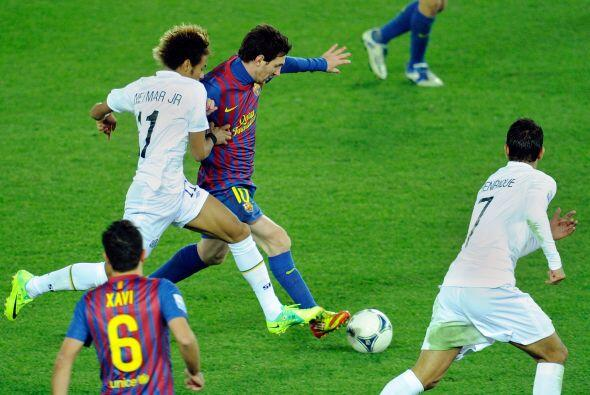 Pero una vez resuelto todo, Lionel fue sorprendiendo a todos con su fútb...