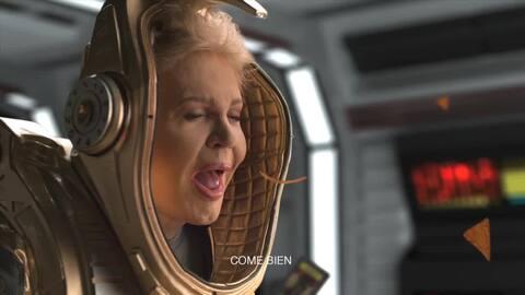 Este es el anuncio de Doritos en el que Walter Mercado 'viaja' al espacio