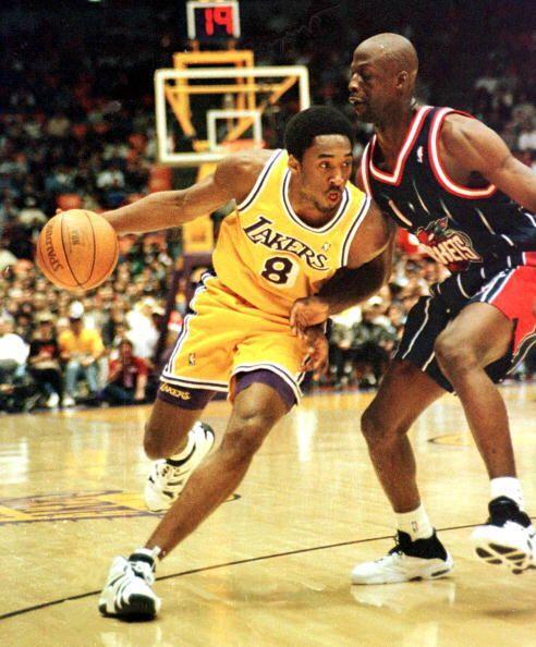 Kobe Bryant cumple 33 años, de los cuales 15 han sido como jugador de la...