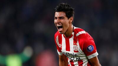 Erick Gutiérrez no se quedó atrás y redondeó la goleada