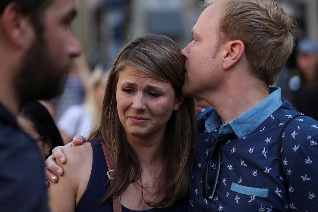 Barcelona llora a los fallecidos en los atentados terroristas de este ju...