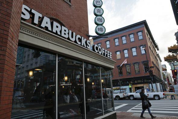 """De acuerdo con medios, Starbucks amplificará su mensaje de """"Únanse"""" a tr..."""
