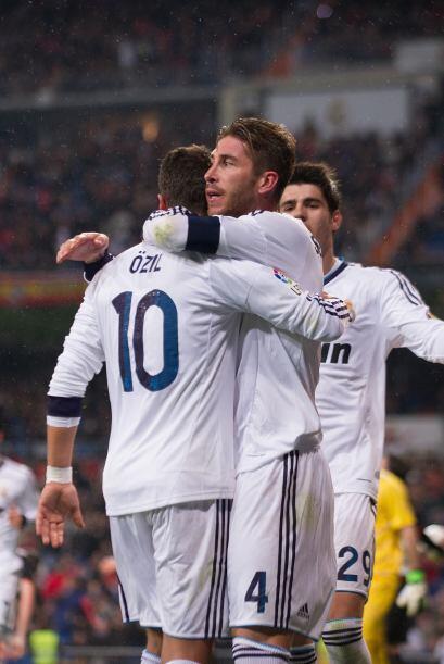 Sergio Ramos se incorporó al ataque y marcó con su sello personal.