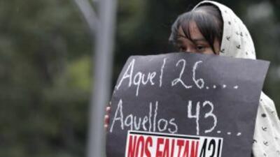 Las familias y la sociedad mexicana sigue en la búsqueda de los 43 estud...