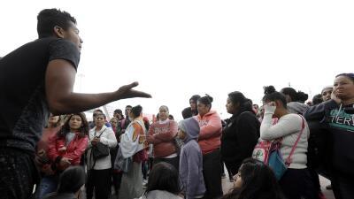"""""""Tijuana no está preparada"""": la mayor parte de la caravana no ha llegado y la ciudad ya está colapsada"""