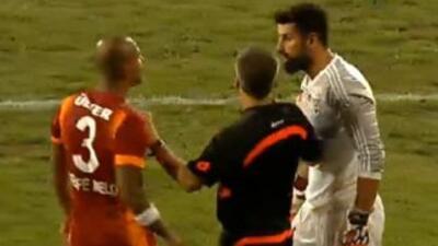 Burla a Felipe Melo tras fallas penalti.