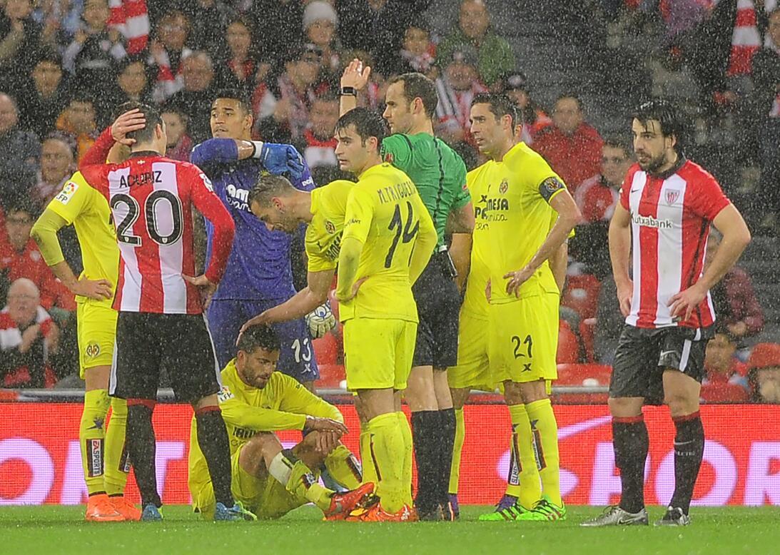 Lesiones escalofriantes en el fútbol mundial gettyimages-508779714.jpg