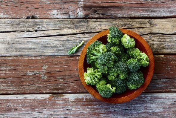 ¡Buenísimo es el brócoli! A tu perro le encantará, siempre y cuando no l...
