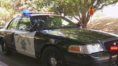 Hombre se robó una patrulla de CHP e inició una persecución hasta la Universidad de Sacramento