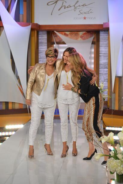 Thalía no pudo evitar recordar a su madre que, al igual que la de Karla,...