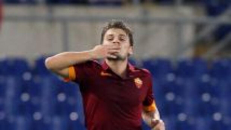 Adem Ljajic marcó un doblete con la Roma.