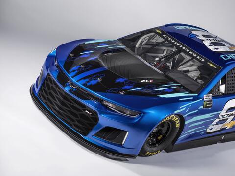 Las pickups de Chevrolet celebran 100 años chevrolet-camaro-zl1-racecar-...