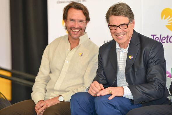 Fernando Landeros y Rick Perry satisfechos con los logros del primer Tel...