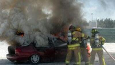Revisa tu auto y evita un incendio