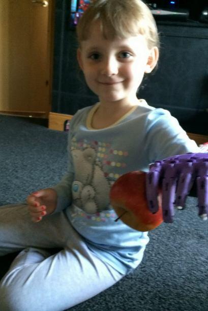 De acuerdo con el experto, estas manos permiten a los niños reest...