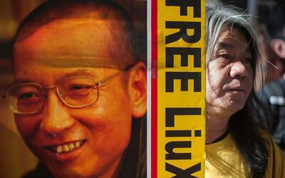 Liu Xiaobo fue galardonado con el Premio Nobel de la Paz un año d...