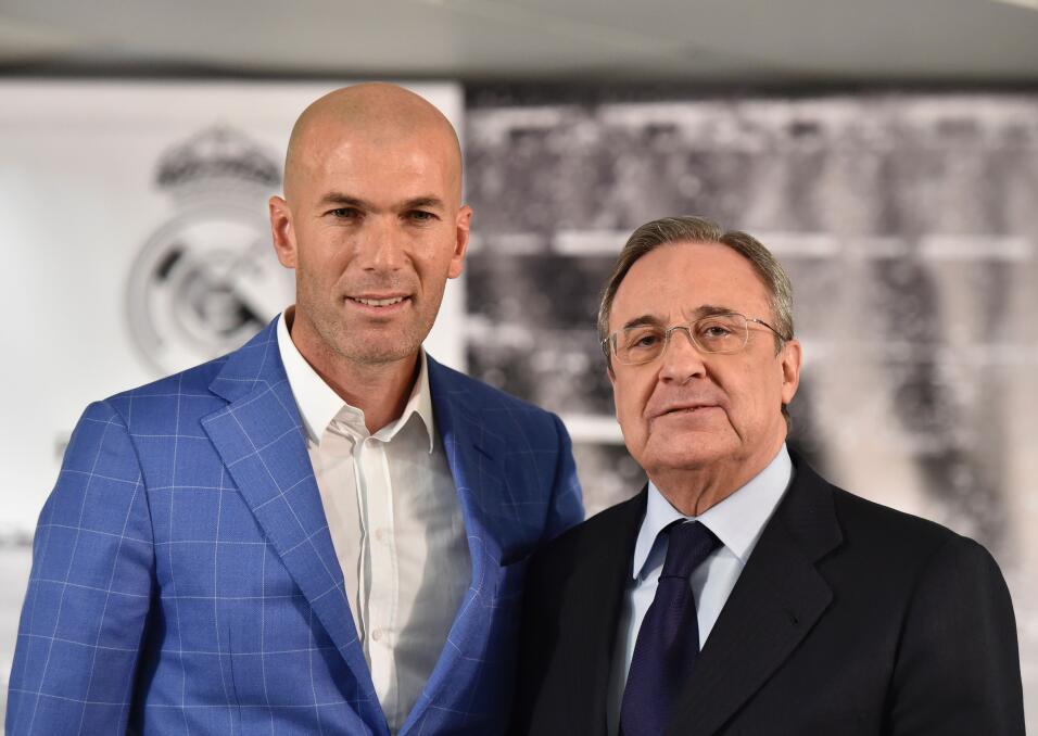 """Zidane asegura que nunca dirigiría al Barça: """"Tengo el corazón blanco""""..."""
