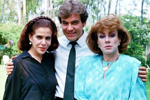 """""""Dulcina"""" (Laura Zapata) le hacía la vida de cuadritos a Rosa Salvaje y,..."""