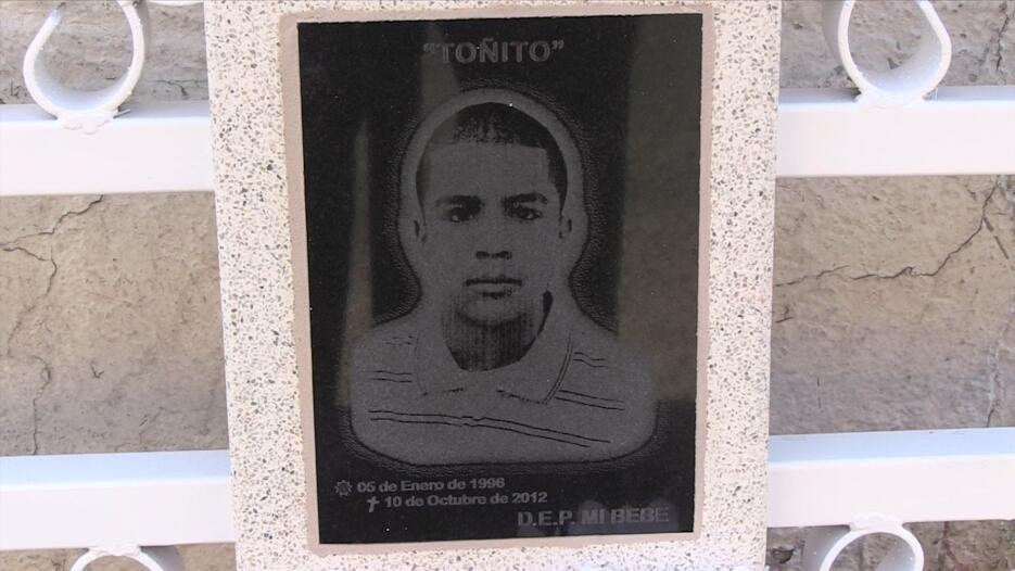 Imágenes de la obra Nogales, pais del cártel jose-antonio-elena-rodrigue...