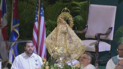 Cientos de feligreses se unen para venerar a la Virgen de la Caridad del Cobre en Miami