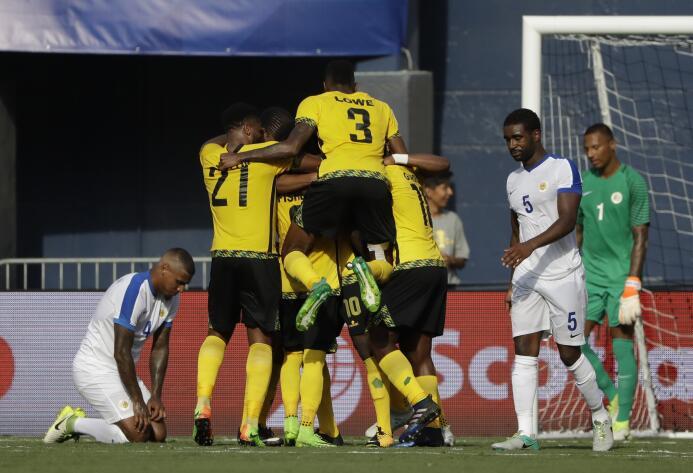 Jamaica inicia la Copa de Oro con triunfo sobre Curazao AP_1719102977190...