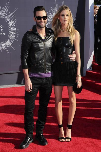 AL RITMO DEL AMORAdam Levine, el vocalista de Maroon 5 se casó con la se...