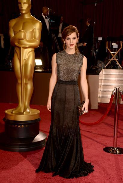 Muy elegante y sofisticado lució Emma Watson gracias a este Vera Wang.
