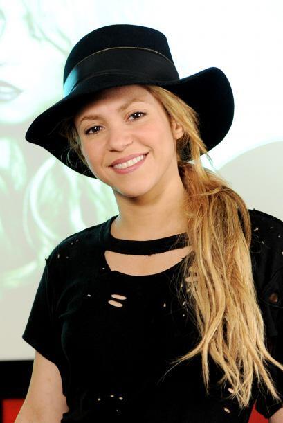 En esta foto a la cantante se le ve la cara más rellenita.