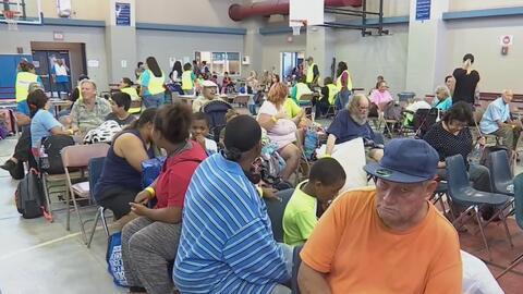 Inician primeras evacuaciones en Texas ante la llegada del huracán Harvey