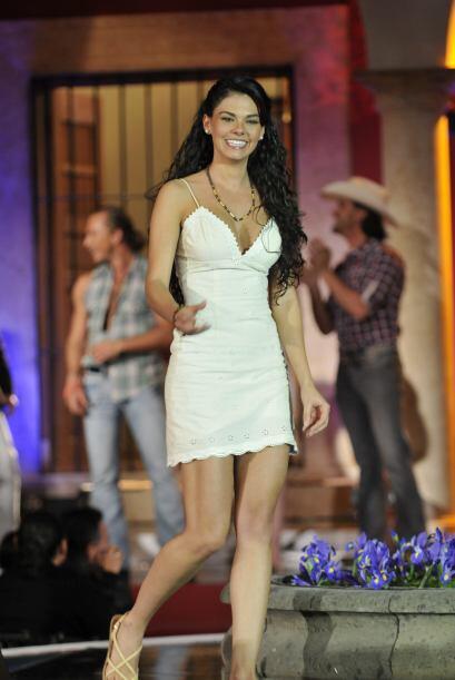 """Livia sorprendió con """"Paloma"""" pues la vimos más madura y con una actuaci..."""