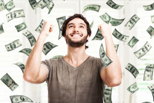 Es tu mes de suerte en los negocios así que aprovéchalo porque hay diner...