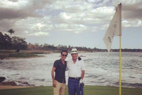 Pero luego compartió una foto más, junto a una leyenda del golf, Chichi...